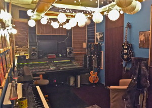 WHOLESOME Studio B3 Chicago